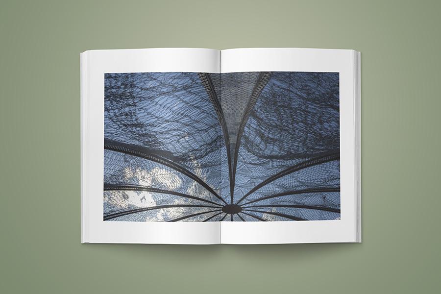 schema_design_maria_loizidou_catalogue_neon5.jpg