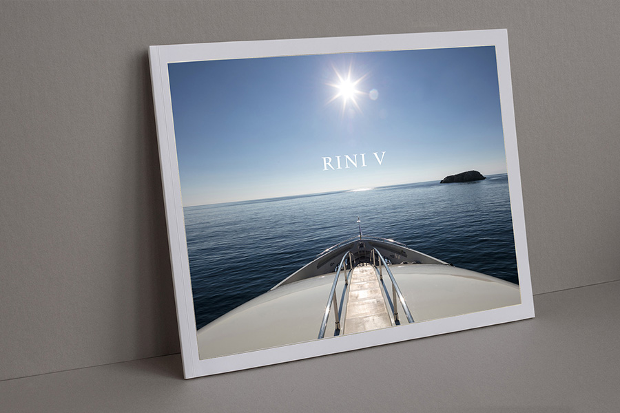 schema_design_RINI_V_luxury_yacht_brochure1.jpg